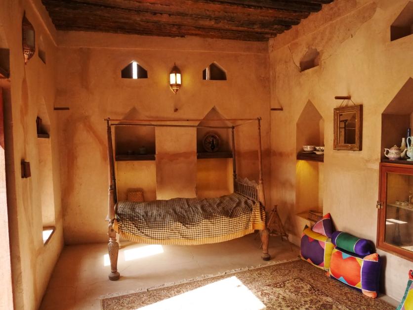 Men's quarters